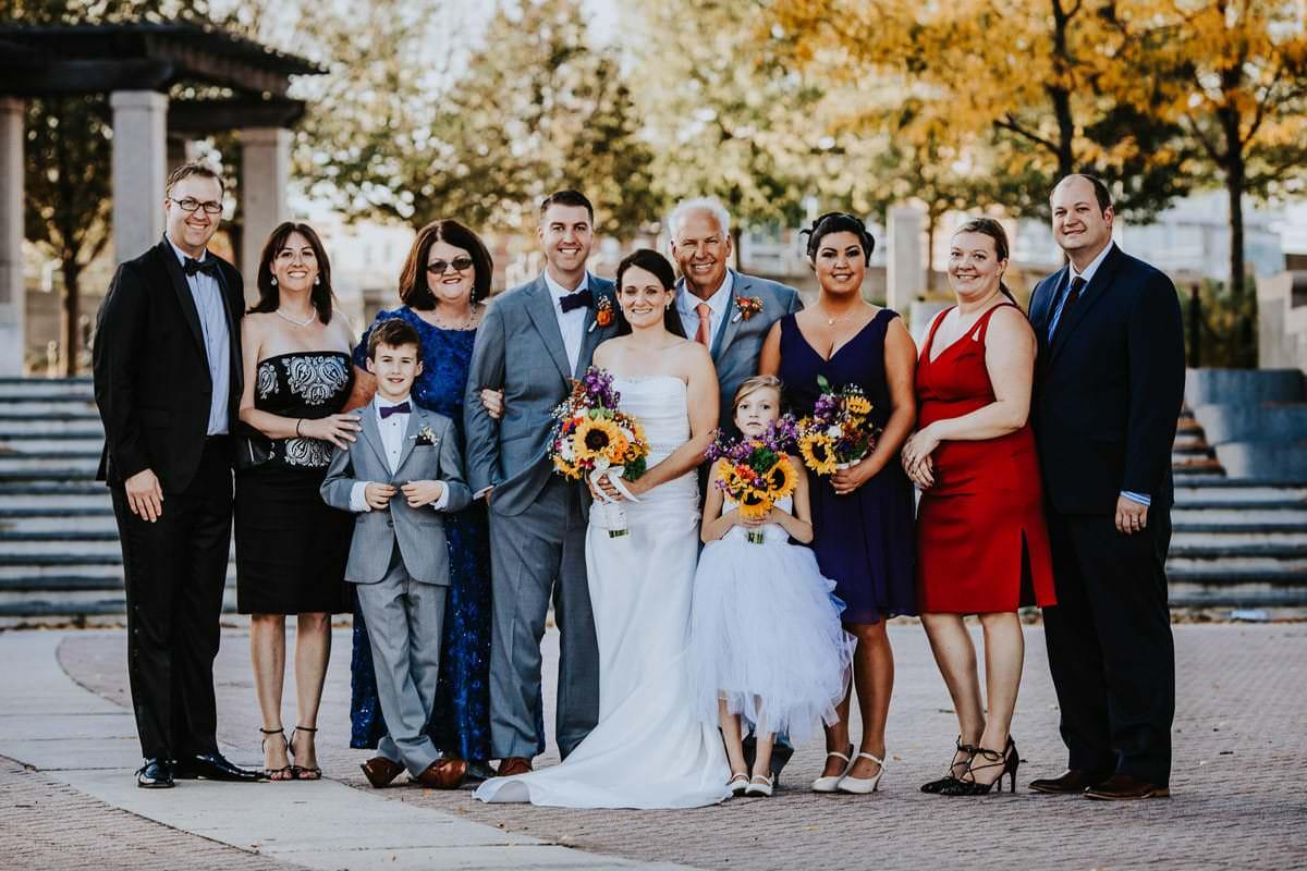 groom family photos