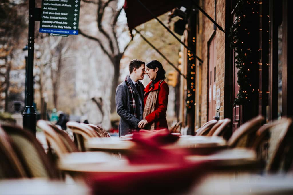 engagement photos at Rittenhouse square near rogue