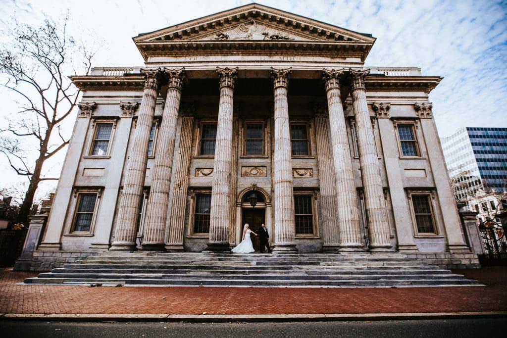 Philadelphia wedding photos taken at merchants exchange and second bank of the united states