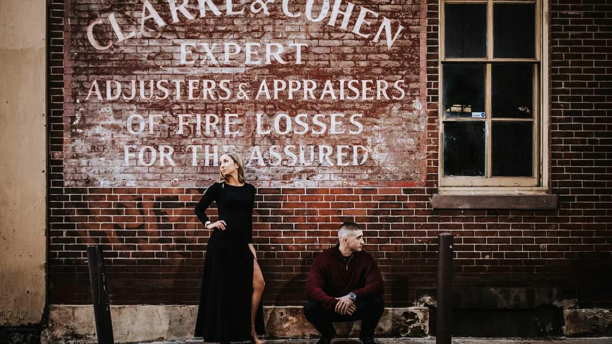 Old City Philadelphia engagement photos
