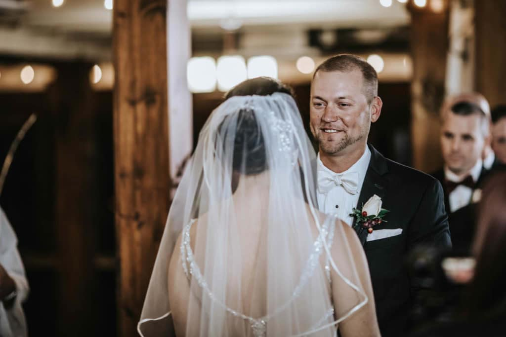 Hamilton Manor wedding barn ceremony