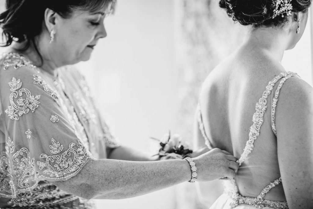 Hamilton Manor wedding bride prep